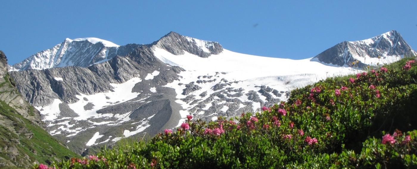 Bergsteigen, Wandern, Bouldern, Mountainbiken und Skitouren